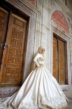 Hijab moderne - Robe de mariée hijab pas cher