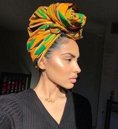 21 Headwrap-Stile, die Ihren Look inspirieren - Recipes,Hair And Beauty Makeup, Hair Makeup, Hair Beauty, Makeup Bags, Eye Makeup, Style Turban, Sommer Make-up Looks, Bob Hair, Curly Hair Styles