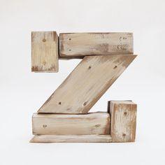 Letras de madera Z estilo industrial  por PETULAPLAS