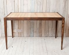 Desk from reclaimed pallet timber