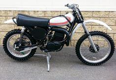 1974- Yamaha MX250A