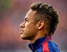 For some of the wildest soccer hairstyles, look no further than Neymar da Silva Santos Júnior, aka Neymar Jr., aka Neymar. From short natural curls to blonde bangs to spiky mohawks, Neymar has tried just