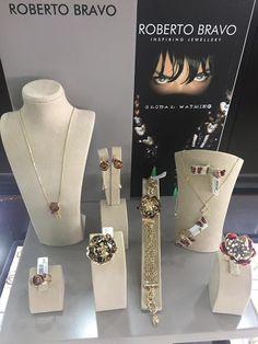 Pk Rozaoro - Google+ Aur, Jewlery, Sign, Google, Jewerly, Schmuck, Jewelry, Signs, Jewels
