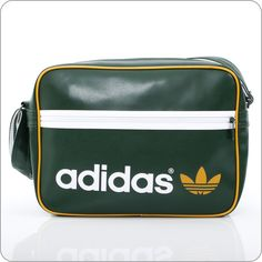ADICOLOR TASCHEN   Adidas Originals online   Airliner Bag Dark Green White.  www.milksugar.de d9a45cfe8af67