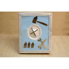 """Albert Hien (1956) - Sem título - Alumínio recortado e pintado - 27,5 x 22 cm - 1985<br /> <br /> Artista alemão, em 1982 recebeu bolsa de estudos do DAAD, e em 1988, o Massimo Villa. Hien participou na Documenta 7 e 8. Em 1984 ele foi premiado com um prêmio em Artes Visuais da Cidade de Munique.<br /> Em 1985, ele participou com os artistas alemães da Bienal de São Paulo, envolvendo-se na polêmica daquele ano com a curadora Sheila Leirner em protesto contra a """"Grande Tela"""", opção de…"""