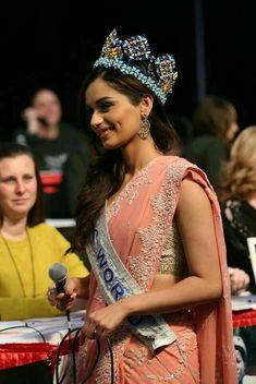 Miss world Munisha Chillar Classy Women, Fit Women, World Winner, Miss India, Indian Gowns Dresses, Most Beautiful Faces, Miss World, Beauty Pageant, India Beauty