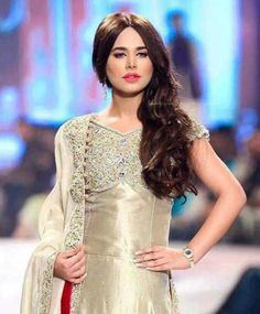 The news has gone viral on the internet that model and singer Ayyan Ali has planned to get married soon. This has stunned her fans in Dubai, and London.