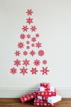 Albero di Natale da parete, fiocchi neve rossi