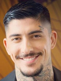 99 Fabulous Men Short Hairstyles Ideas For Thick Hair Trends Fashion for Your Inspirations! / / 99 Fabulous Men Short Hairstyles Ideas For Thick Fabulous Men Short Hairstyles Ideas F Hairstyles Haircuts, Haircuts For Men, Cool Haircuts, Hair And Beard Styles, Long Hair Styles, Anti Frizz Hair, Taper Fade Haircut, Short Hair Cuts, Men Short Hair