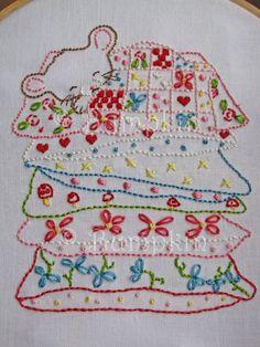 Sweet Dreams Hand Embroidery PDF Pattern van bumpkinhill op Etsy