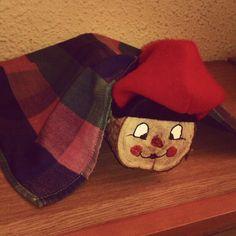 Tió de Nadal fet per mi #nadal  #handmade  #cagatió #tiócatalà - @Rosemery Nunez- #webstagram