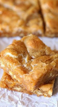 Marshmallow Blondies Trying these next, I just need the marshmallows!