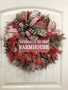 This rustic country design is perfect for that person who LOVES Farmhouse decor. From the rustic reds, to country tans, this diameter wreath is sure to welcome friends and family to your home! Find it now in my Etsy shop. Farmhouse Design, Farmhouse Decor, Wreath Boxes, Wreath Ideas, Deco Mesh Wreaths, Flower Wreaths, Country Wreaths, Front Door Decor, Interior S