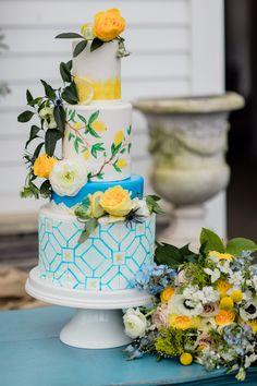 Small Wedding Cakes, Amazing Wedding Cakes, Wedding Cake Rustic, Wedding Cakes With Cupcakes, Chic Wedding, Wedding Blog, Dream Wedding, Wedding Ideas, Lemon Party