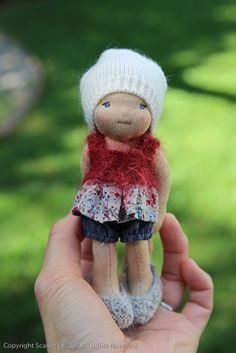 Scarlet Elfcup, some knitted clothes, some woven. Tiny Dolls, Soft Dolls, Waldorf Toys, Fabric Dolls, Rag Dolls, Soft Sculpture, Doll Patterns, Beautiful Dolls, Doll Toys