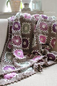seidenfeins Dekoblog: Geschafft ! Grannydecke = Häkeldecke No. 2 * grannysquares for a granny blanket