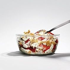 The Weightlifter's Pre-Gym Breakfast: Ingredients: • 1 cup plain, low-fat, Greek-style yogurt • 1/2 cup sliced strawberries • 1/3 cup muesli/granola (with 10 g sugar or less per ½-cup serving) • 2 tbsp ground flaxseeds (355 calories, 25 g protein, 41 g carbs, 12 g fat)