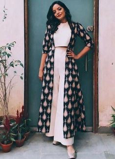 Beautiful cotton block printed long jacket with crop top blouse and plazo. The post Beautiful cotton block printed long jacket with crop top blouse and plazo. appeared first on Casual Outfits. Indian Gowns, Indian Attire, Pakistani Dresses, Indian Wear, Kurta Designs, Kurti Designs Party Wear, Indian Wedding Outfits, Indian Outfits, Wedding Dresses