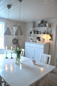 The White Porch: kitchen Dining Area, Kitchen Dining, Dining Room, Glass Porch, Swedish Kitchen, White Porch, Shabby Home, White Houses, Cozy House