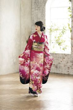 Yukata, Furisode Kimono, Kimono Dress, Traditional Japanese Kimono, Japanese Geisha, Traditional Dresses, Asian Wedding Dress, Wedding Kimono, Japanese Outfits