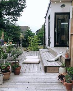 √ Best Garden Decor Design and DIY Ideas - Garten/Scheune - Garden Deck Outdoor Spaces, Outdoor Living, Outdoor Decor, Amazing Gardens, Beautiful Gardens, Pergola Diy, Cheap Pergola, Summer Diy, Scandinavian Design