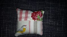 "ikea fabric scraps, the little bird is  fuzzy cut from ""oisillions"", Impressions de nature."