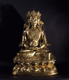 early 18th century, Mongolia, buddha Amitayus, gilt copper alloy with pigments and stone inlay, private collection♥♥♥