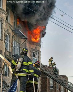 FEATURED POST  @markchera -  Five alarm fire last month in the City of Lynn. @pictureboston Mark Garfinkel/Boston Herald . . TAG A FRIEND! http://ift.tt/2aftxS9 . Facebook- chiefmiller1 Periscope -chief_miller Tumbr- chief-miller Twitter - chief_miller YouTube- chief miller  Use #chiefmiller in your post! .  #firetruck #firedepartment #fireman #firefighters #ems #kcco  #flashover #firefighting #paramedic #firehouse #firstresponders #firedept  #feuerwehr #crossfit  #brandweer #pompier #medic…