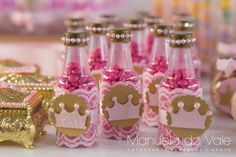 Girl Birthday Themes, Gold Birthday, Princess Birthday, Princess Party, 1st Birthday Parties, Birthday Celebration, Baby Shower Favors, Baby Shower Parties, Sweet 16 Decorations