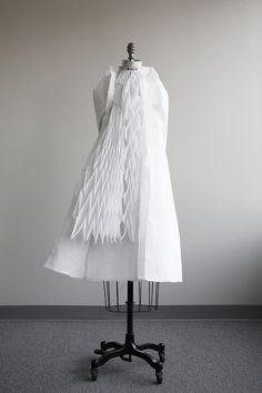 """Walking City"" by Ying Gao  http://www.fashionstudiomagazine.com/2012/12/fashion-technology-3.html"