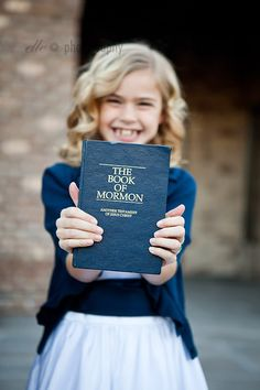 Beautiful LDS baptism picture ideas - 71 toes blog