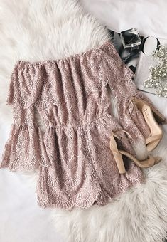 Crop tops ideas for Crop top outfits Summer Outfits Travel Outfits 2019 Spring Outfits Spring Summer Fashion, Spring Outfits, Look Fashion, Fashion Outfits, Travel Outfits, Casual Outfits, Cute Outfits, Sequin Maxi, Outfit Trends