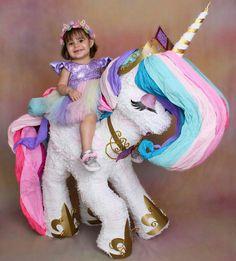 Unicorn Pinata, Unicorn Party, Unicorn Themed Birthday, Birthday Fun, Second Birthday Ideas, Unicorn Pictures, Unicorn Crafts, Paperclay, Spa Party