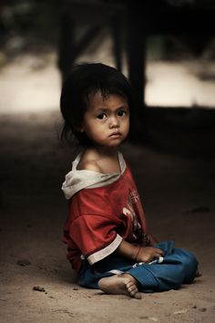 Hope and Heaviness in the Eyes of Cambodian Children - My Modern Metropolis