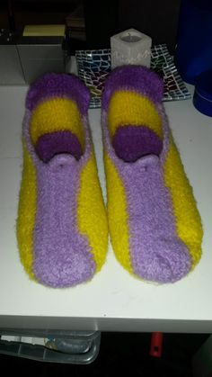 Filzpatscherl Slippers, Shoes, Fashion, Cast On Knitting, Moda, Sneakers, Zapatos, Shoes Outlet, Fashion Styles