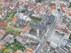Luchtfoto van Het Markiezenhof