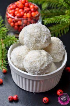 Light Paleo protein hólabda  (VAGY Fitnesz túrós hólabda)   Gluténmentes, tejmentes, hozzáadott cukormentes kókuszos hógolyó     Paleo hól...