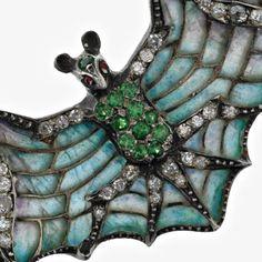 Bat motif in Art Nouveau jewellery