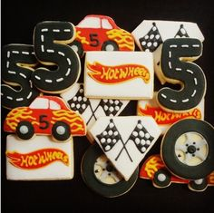 If I have time I will make some custom cookies! Hot Wheels Birthday, Race Car Birthday, Race Car Party, Hot Wheels Cake, Hot Wheels Party, Car Themed Parties, Cars Birthday Parties, 5th Birthday Party Ideas, Birthday Fun