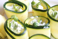 Zucchini + Goat Cheese Rollups So easy and super delicious summer appetizer! Cottage cheese instead? Appetizer Dips, Yummy Appetizers, Appetizer Recipes, Nibbles For Party, Beyond Diet, Cheese Rolling, Healthy Side Dishes, Goat Cheese, Summer Recipes