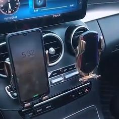 Wireless Automatic Sensor Car Phone Holder and Charger Auto Gif, Diy Auto, High Tech Gadgets, Kids Gadgets, Kitchen Gadgets, Bathroom Gadgets, Office Gadgets, Unique Gadgets, Baby Gadgets