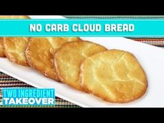 NO Carb Cloud Bread! 3 Ingredient Takeover - Mind Over Munch This low carb cloud bread is a perfect healthy bread alternative for sandwiches! Great for low carb diets! Easy CARB FREE bread recipe that requires o. No Carb Cloud Bread, Carb Free Bread, Keto Bread, Crumpets, No Carb Recipes, Cooking Recipes, Healthy Bread Alternatives, Pain Pizza, Galette