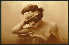 1920s.....I love the mood, lighting, head piece.  GORGEOUS