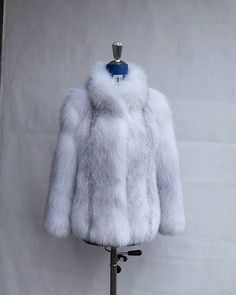 https://ift.tt/2yx2LPQ #fw1819 #fall2018 #new #collection #women #hot #etsy #clothing #love #handmade #must #jewelry #designer #handmadejewelry #worldwide #foxfur #real #fur #luxury #celebrity #animal #fox #accessories #like4like