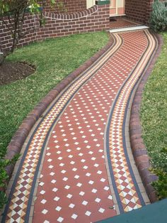 Tessellated tiled path