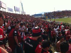 La mas grande, la barra 12 de Liga Deportiva Alajuelense en el Estadio Fello Meza de Cartago