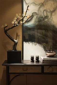Breathtaking Arrangement...k...it's as if the Art is emanating from the sculpture.