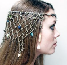 This Mermaid headdress made with fishnet, chain, shells, and beads will complete any mermaid costume. Looks like this little mermaid got caught Mermaid Halloween Costumes, Halloween Makeup, Sea Witch Costume, Water Fairy Costume, Little Mermaid Costumes, Pirate Costumes, Couple Halloween, Adult Halloween, Halloween 2017