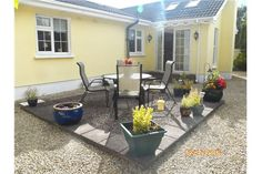 Semi-Detached House - For Rent/Lease - Craigavon, Armagh - RE/MAX Ireland