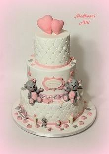 Zobacz zdjęcie Tort na chrzest. Wszystkie dekoracje wykonuję sama z cukru.